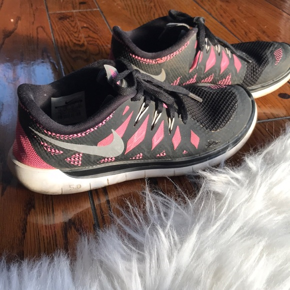 Nike Free Run 5.0 Pink and Black